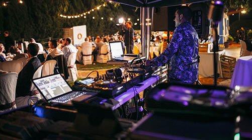 Sonorización de cocktail y cenas para el mejor ambiente en tu boda en Sevilla