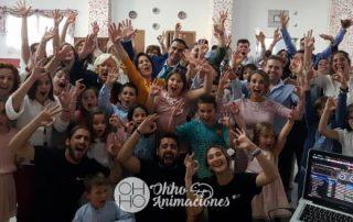 Mini disco con bailes y juegos en Sevilla