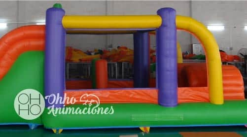 wipeout hinchable para niños